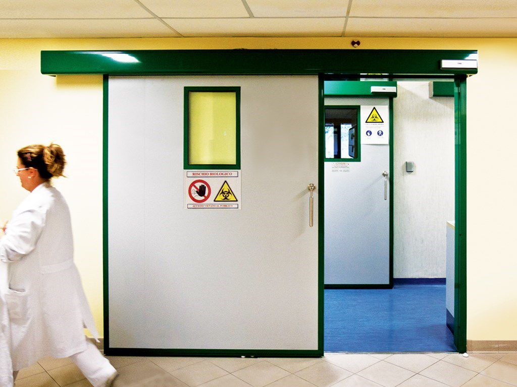 Vũ Hoàng lắp đặt các loại cửa tự động phòng mổ