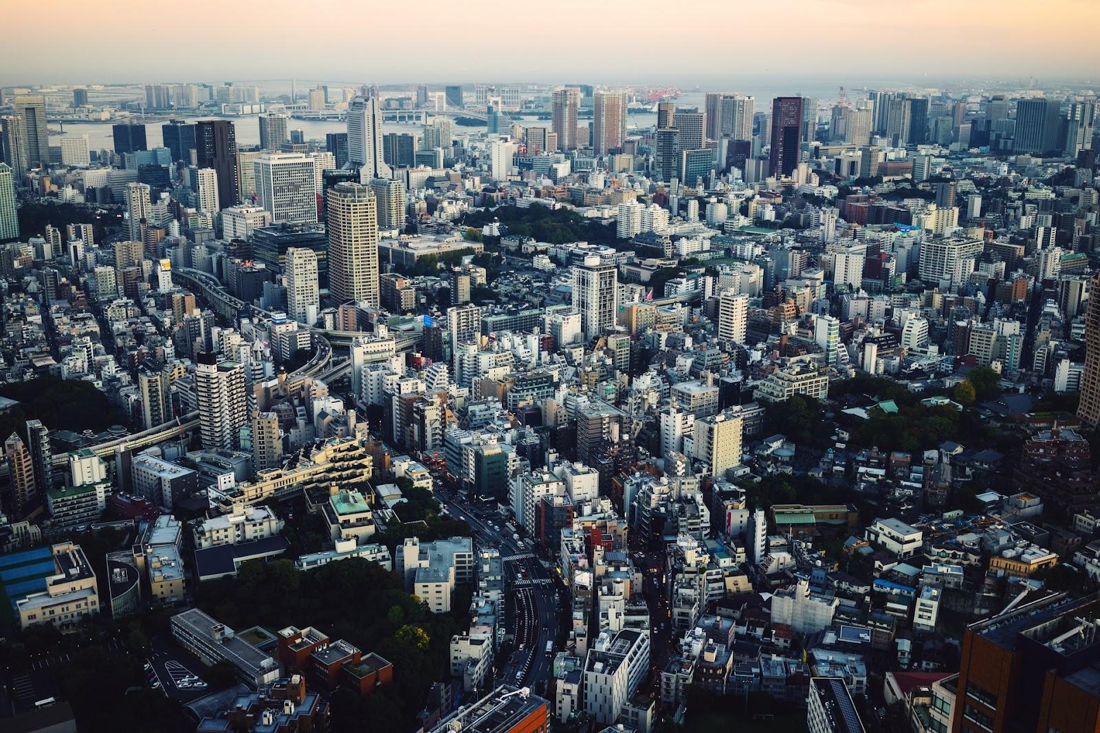 Vista aérea da cidade de Tóquio na atualidade. (Unsplash/Reprodução)