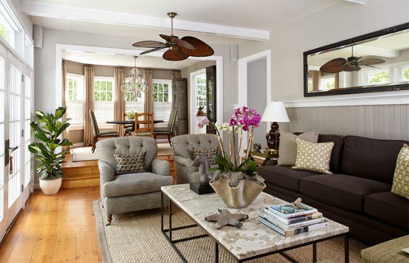 Bạn có thể đặt cây xanh, chậu hoa trong phòng khách tạo điểm nhấn cho không gian này