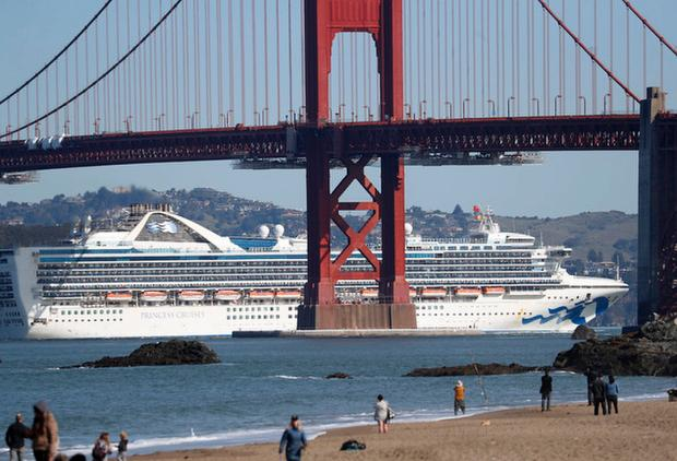 Coronavirus: Grand Princess arrives in Port of Oakland