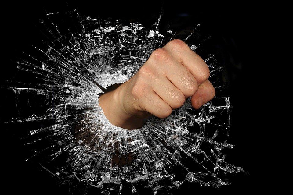 400+ Free Broken Glass & Broken Images - Pixabay
