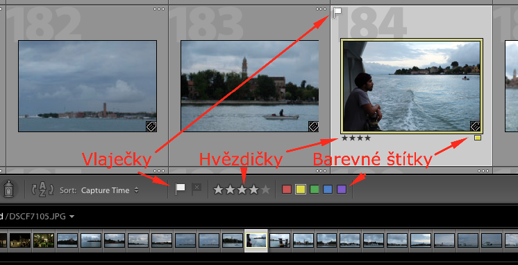 Vlaječky u miniatur fotografií v Adobe Lightroom.