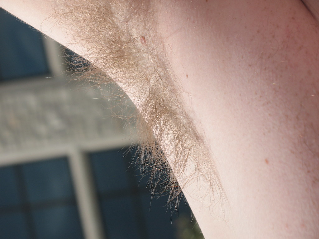4 Steps To Shave Your Armpits