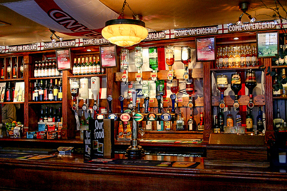 London-traditional-pub-westminster-beer.jpg