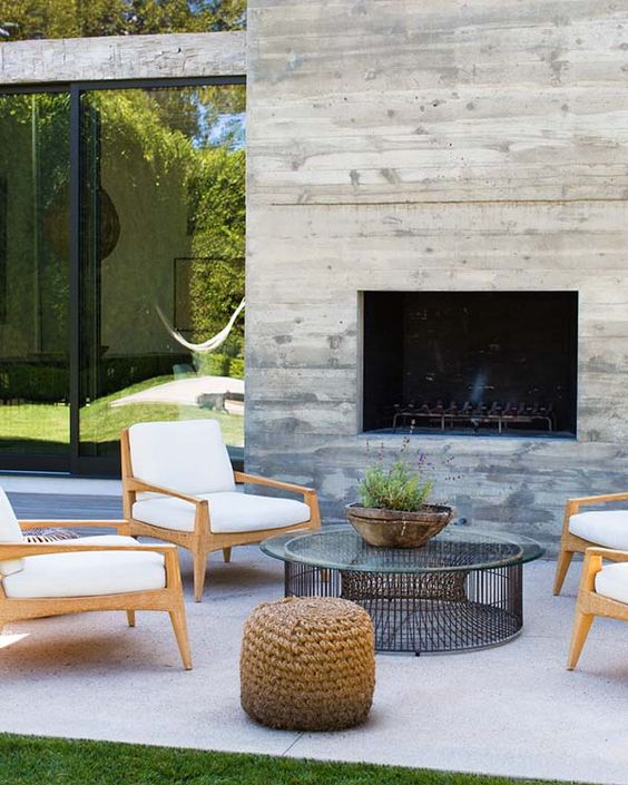 Outdoor spaces for a memorable summer, furniture and fireplaces