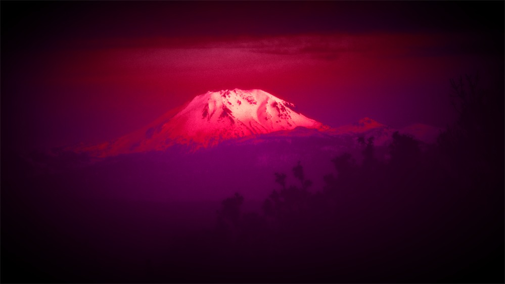 Pink and Red Lassen.jpg