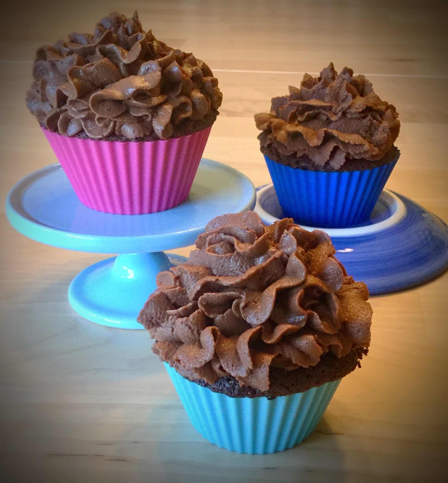 40 second Dark Chocolate Cupcakes