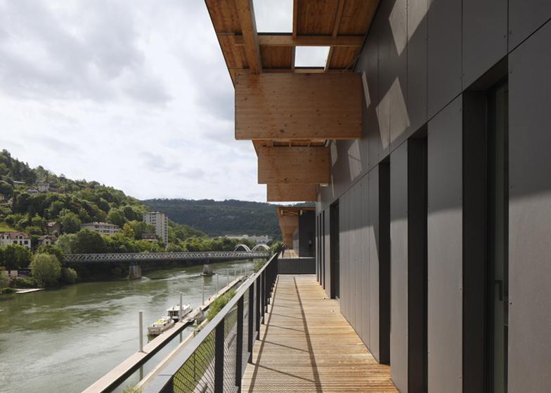 #融合自然與禪意的藝術中心:Besançon Art Center and Cité   de la Musique 2