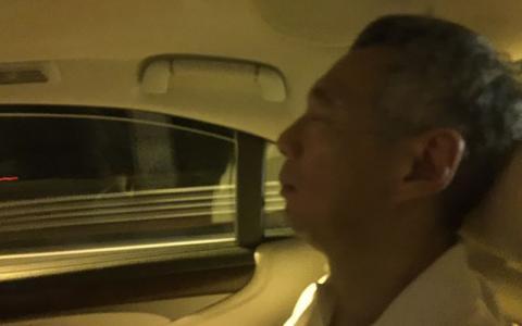LHL李显龙累坏了rest.jpg