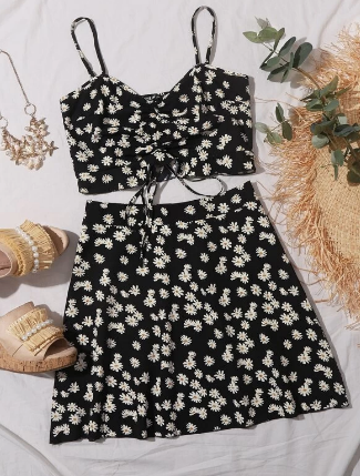 SHEIN two-piece daisy outfit