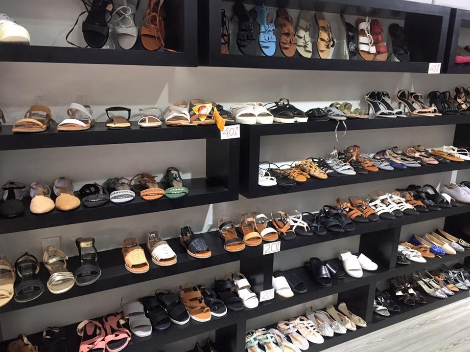 Để kinh doanh hiệu quả cần đa dạng hóa loại giày dép