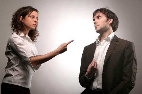 Không nên đem chuyện ly dị ra để đe dọa