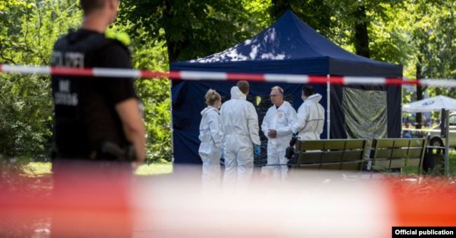 Полиция на месте убийства Зелимхана Хангошвили