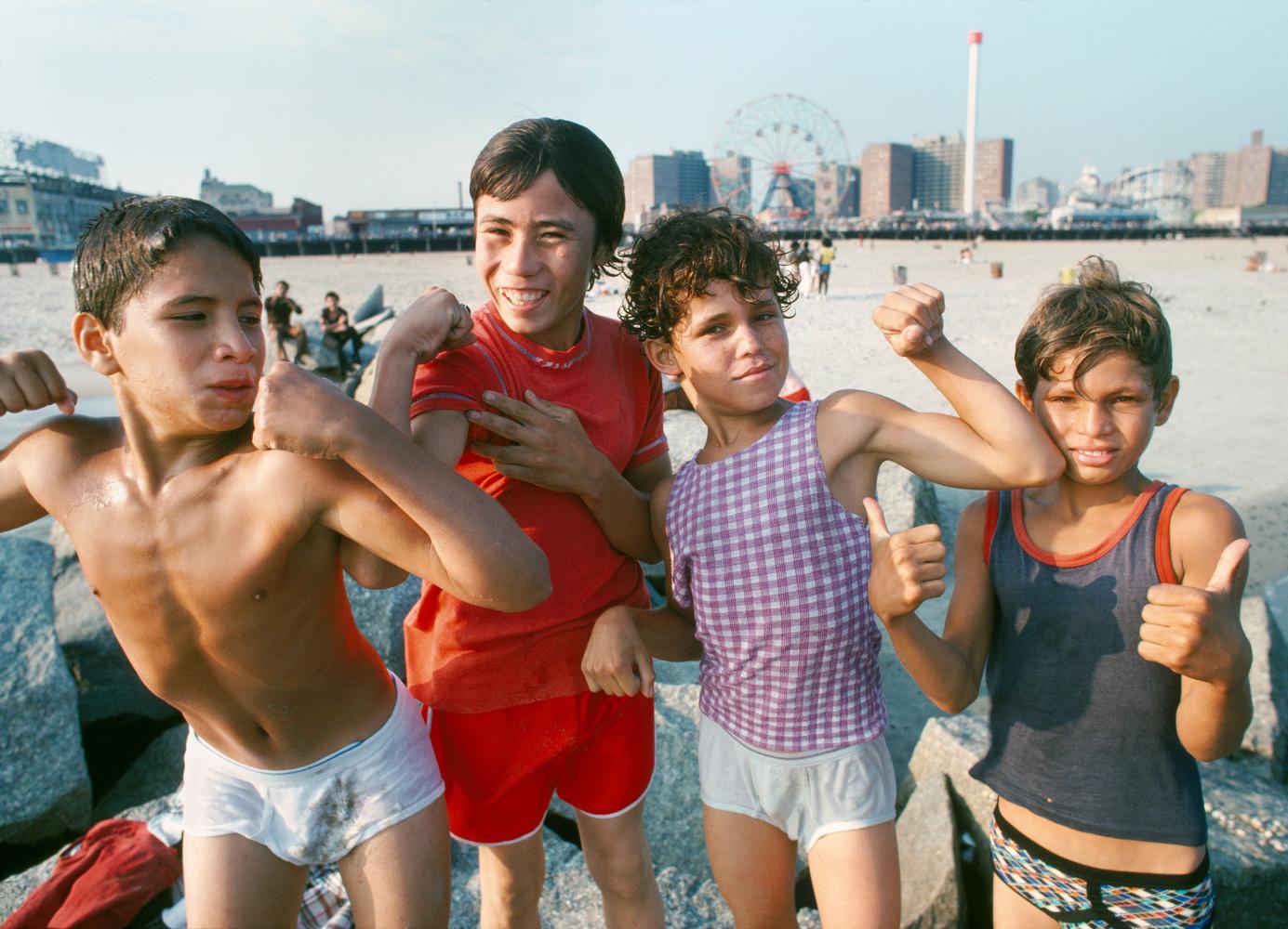 Paul Hosefros kids at the beach