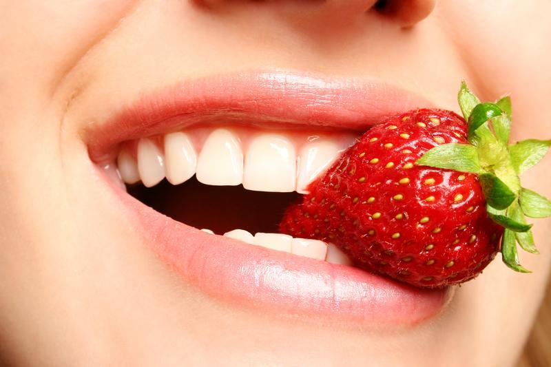 woman-eating-strawberry.jpg