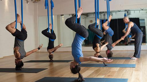 Kinh nghiệm chọn mua thảm tập Yoga cao cấp cho người mới bắt đầu