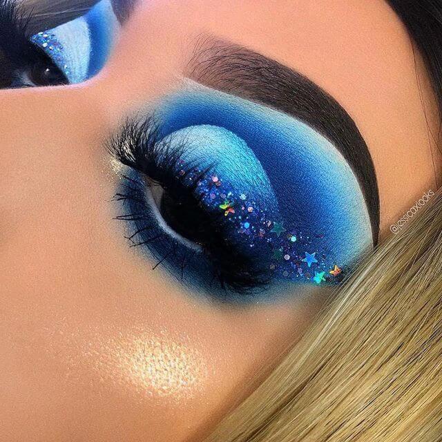 Galaxy Blue Eyeshadow Looks