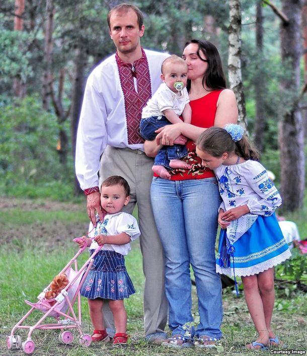 Родина Бабичів. Літо 2010 року
