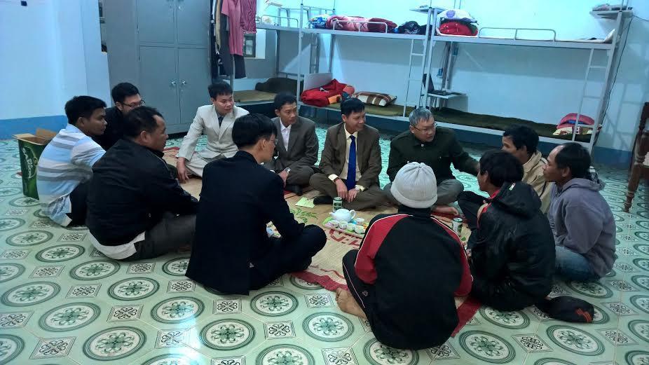 Đồng chí Nguyễn Công Văn - Giám đốc Công an tỉnh thăm, chúc Tết Tổ Công tác tăng cường cơ sở huyện Kon Rẫy