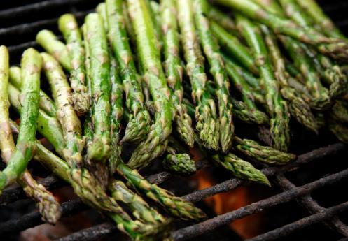 https://media.istockphoto.com/photos/food-bbq-grilled-asparagus-picture-id115088235?b=1&k=6&m=115088235&s=170667a&w=0&h=65NdSBmZhvy_69ceTA3yQQzU88I3VtROCcUTxmLWGCw=