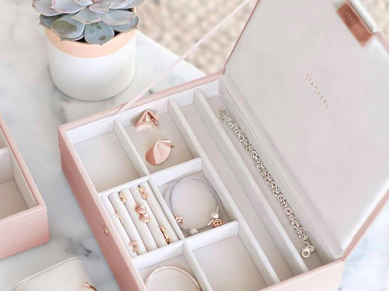Popular jewelry box for necklaces in the US