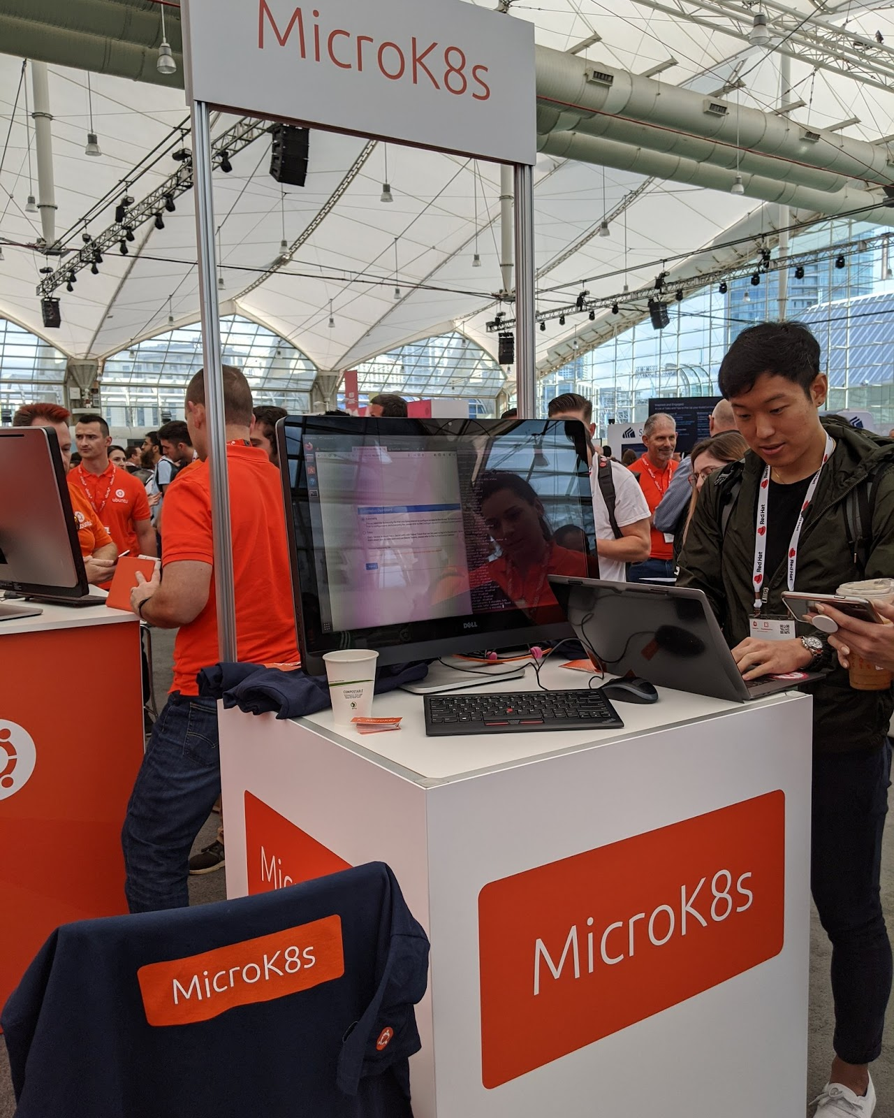 The Canonical Booth at Kubecon