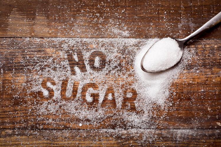 5. ถ้าอยากลดน้ำหนักก็ต้องลดน้ำตาล