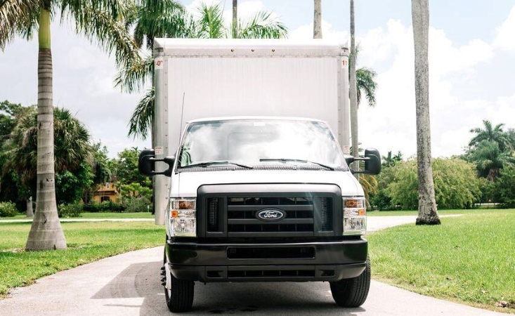 Hawaii moving with a rental truck