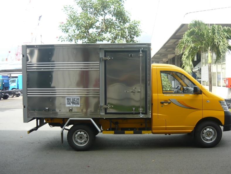 thaco towner màu vàng