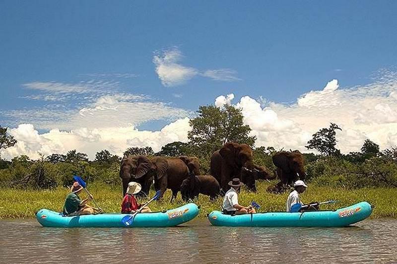 Canoe Inflatables (3).jpg