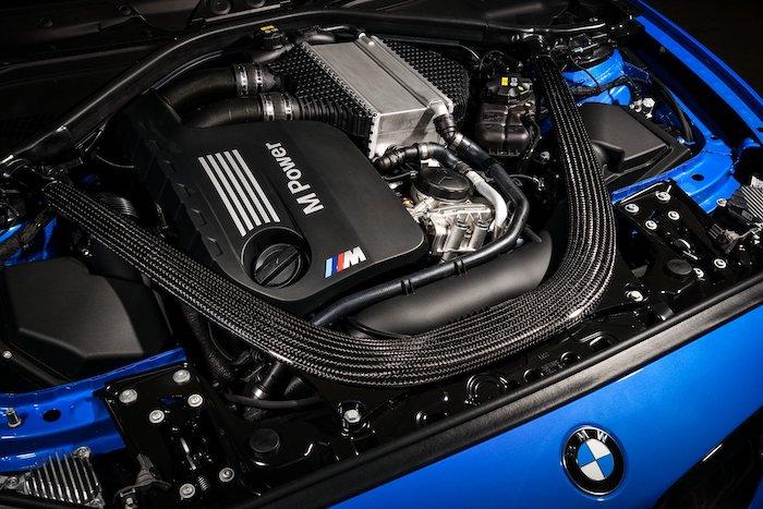 เครื่องยนต์เบนซิน 6 สูบ 3.0 ลิตร TwinPower Turbo 450 แรงม้า