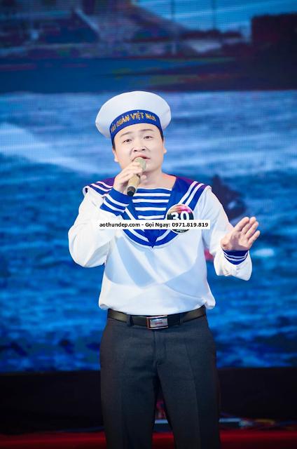 Vẻ đẹp của đồng phục hải quan