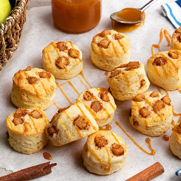easy baking recipes for kids creamy apple cinnamon scones
