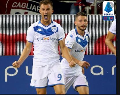 Donnarumma ăn mừng bàn thắng cho Brescia