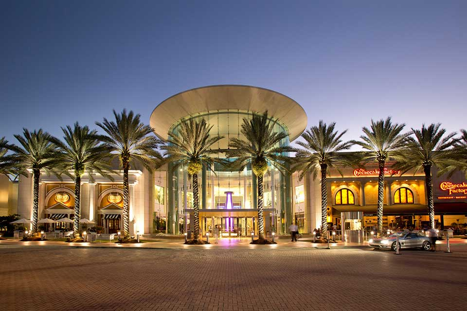 10 Things to Do in Orlando Florida (That Aren't Theme Parks), Mall at Millenia