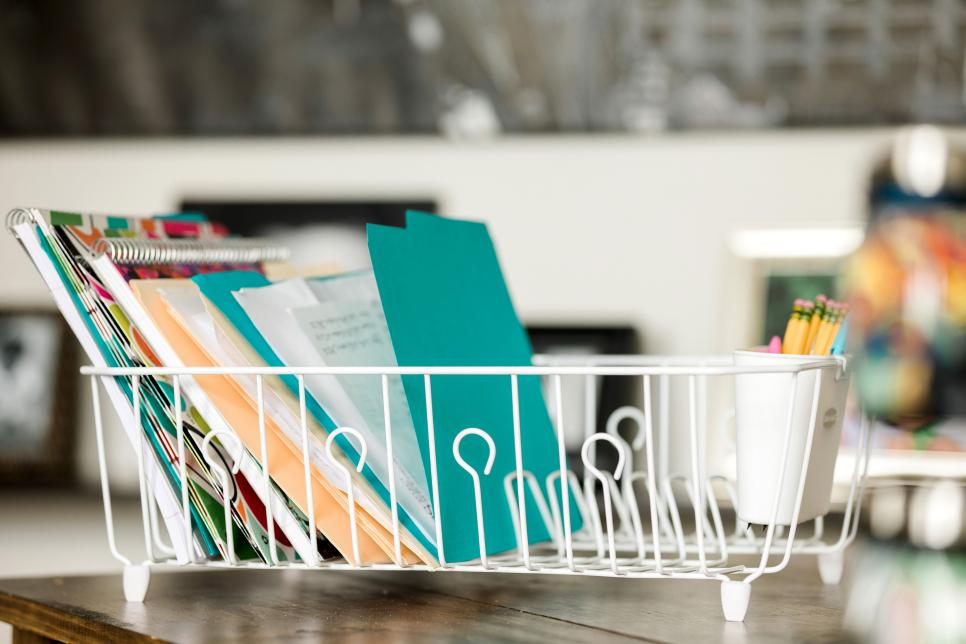 7 Ways to Save on Organizing Your Home Office