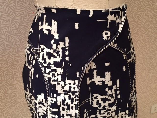 Decades of Style Arches Skirt Sew Along Week 2: Construction, Underlining and Top Stitching