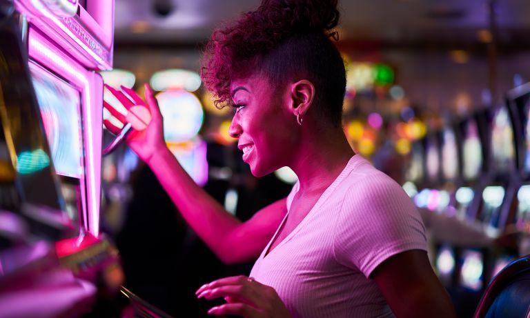Gambling Addiction and Problem Gambling - HelpGuide.org