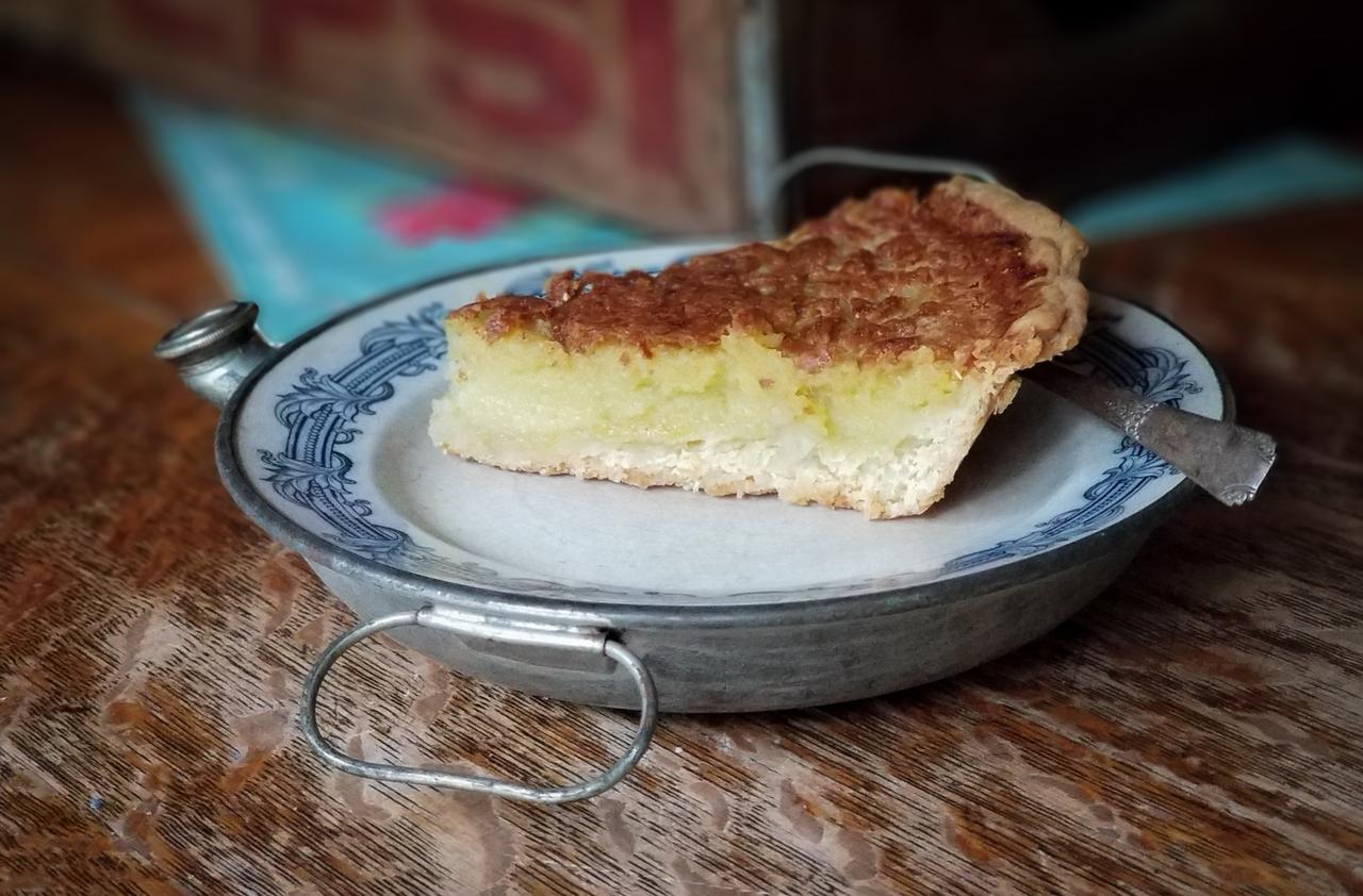 homemade old fashion egg custard pie