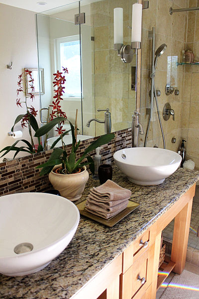 File:Bath Simple Finished Bathroom.jpg