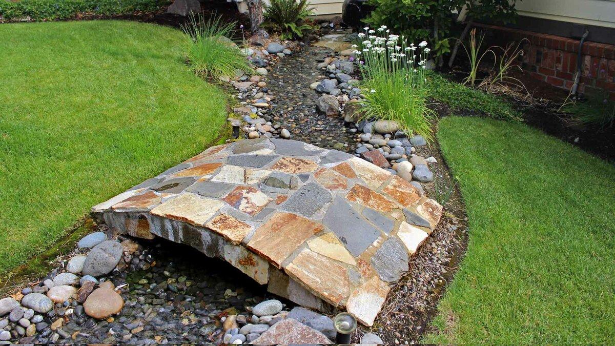 Мостик из искусственного камня