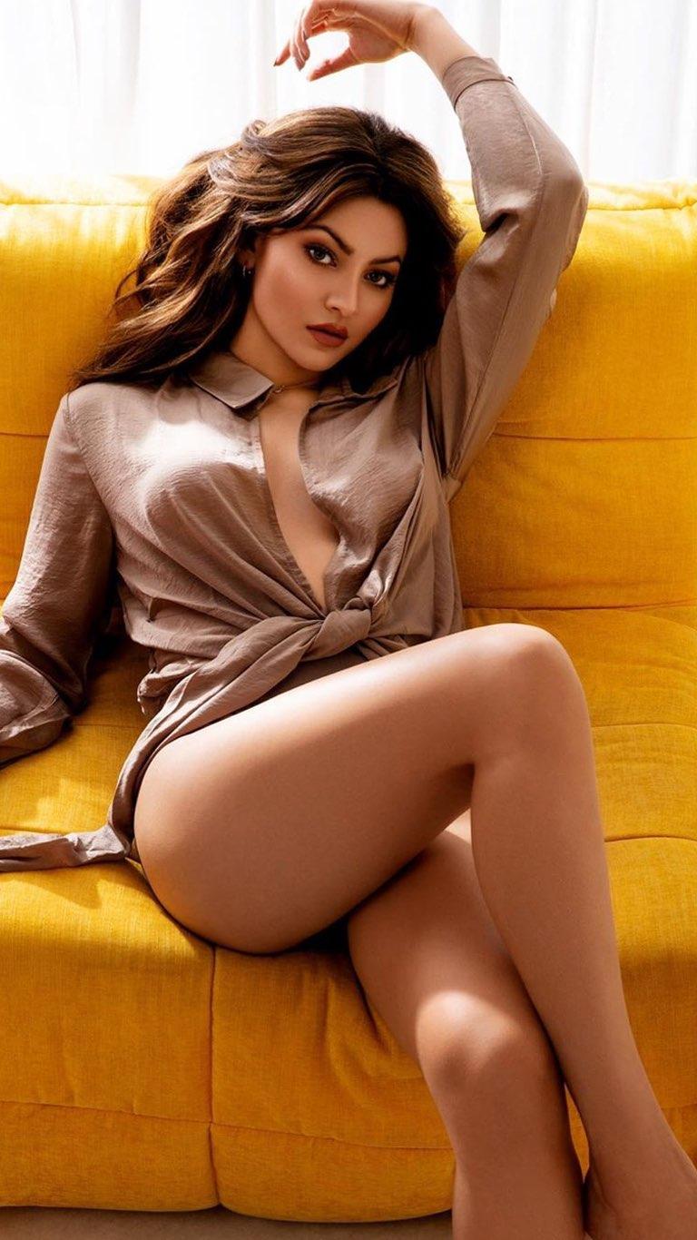 Pooja Hegde 4K Wallpaper, Indian actress, Bollywood