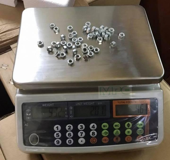 Kết quả khối lượng và số lượng ốc vít do cân xác định