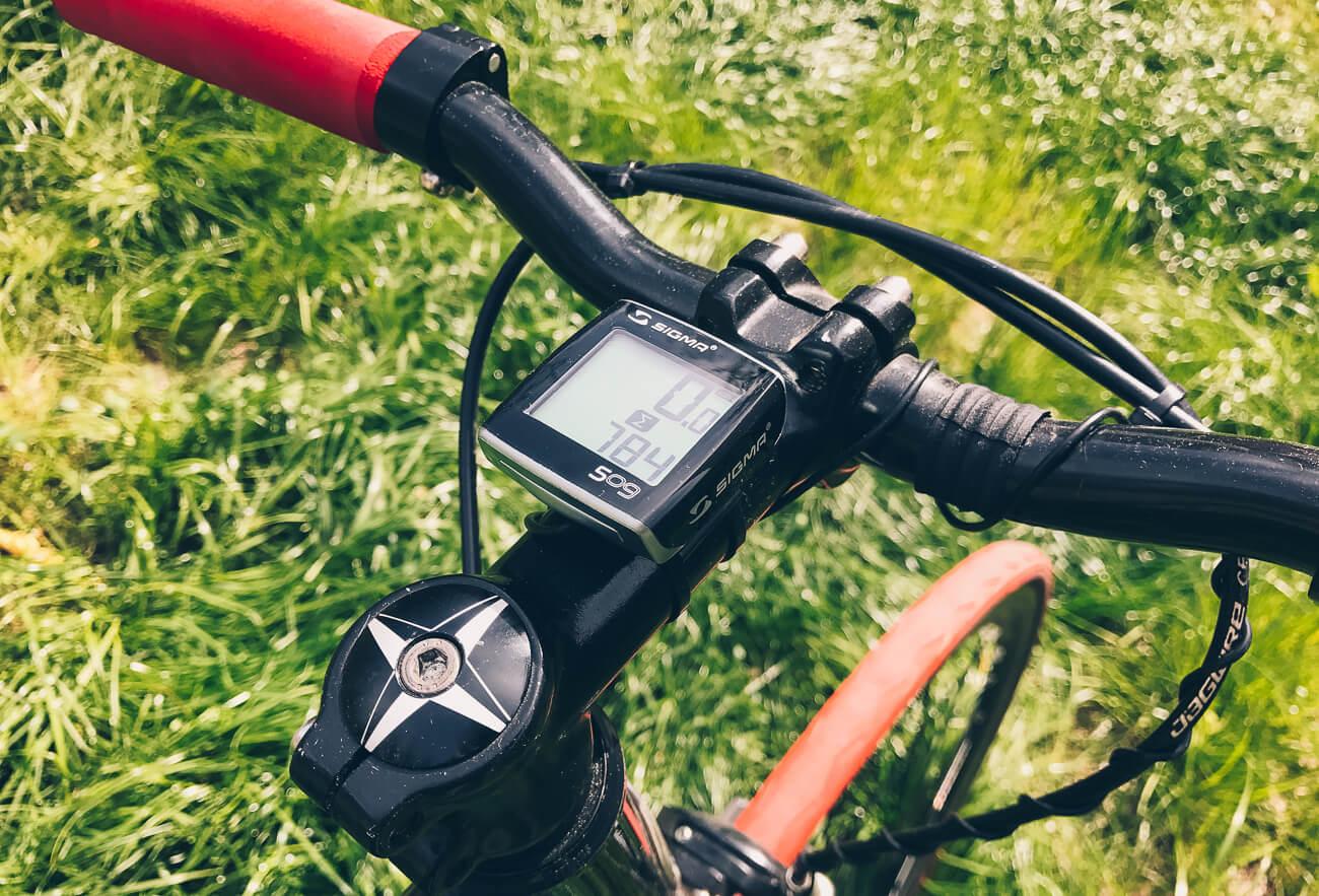 Что нужно учитывать при выборе велокомпьютера?