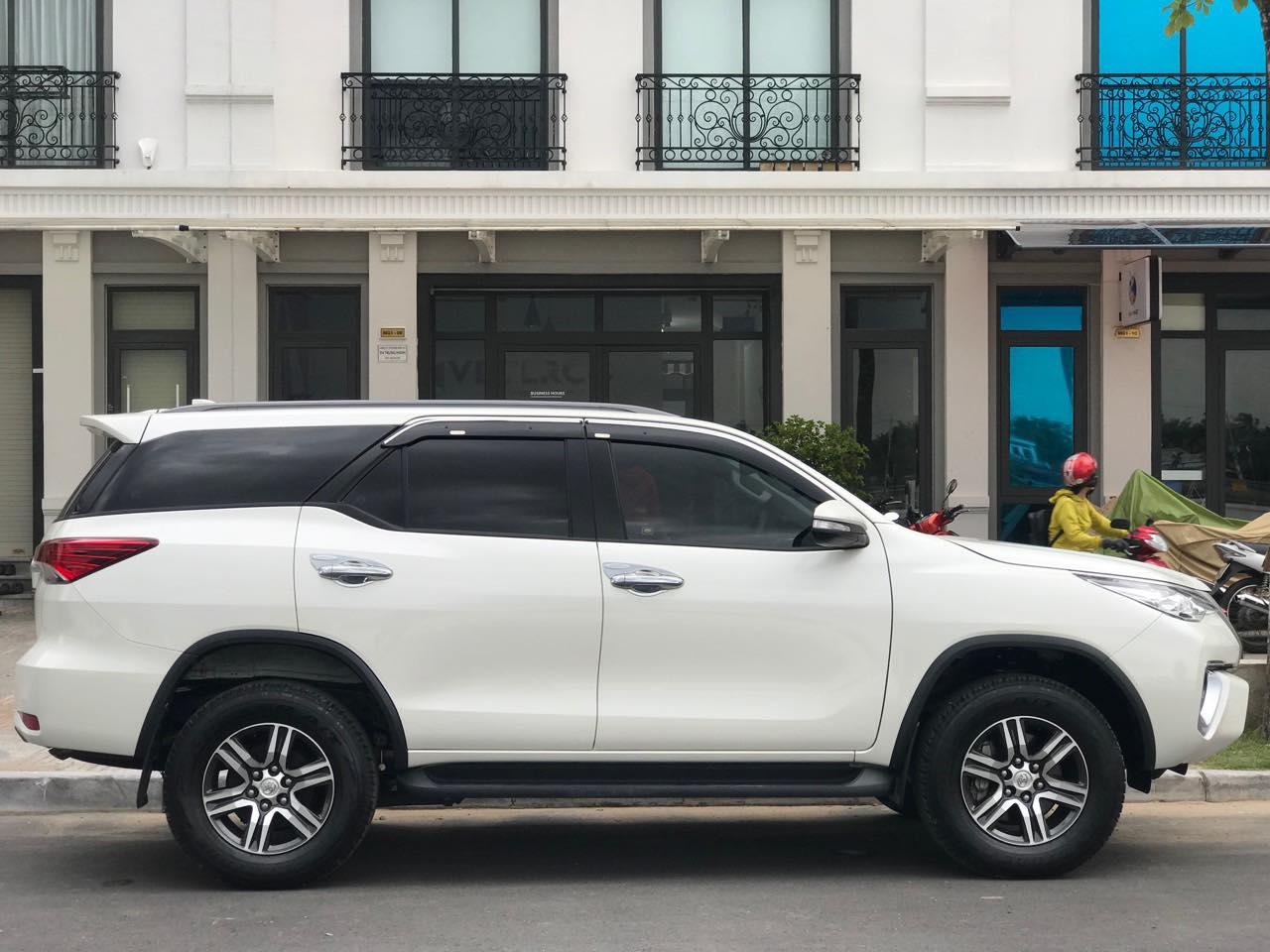 Dịch vụ thuê xe 7 chỗ tại quận 11 của công ty Huy Đạt