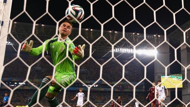 World Cup 2014: Russia recover from Igor Akinfeev blunder to draw with South Korea  Read more: http://www.smh.com.au/fifa-world-cup-2014/world-cup-match-report/world-cup-2014-russia-recover-from-igor-akinfeev-blunder-to-draw-with-south-korea-20140618-zsbdr.html#ixzz34xF9dszx
