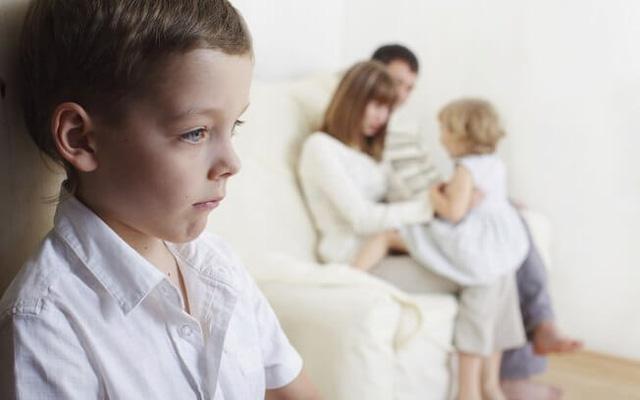 Bị so sánh với con nhà người ta trở thành nỗi ám ảnh, có thể giết chết sự tự tin của cả đứa trẻ giỏi giang nhất - Ảnh 1.