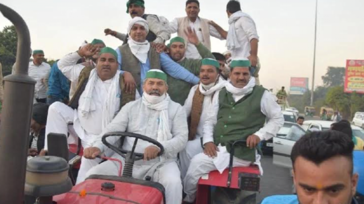 Delhi Chalo': UP Farmers Stopped at Ghazipur Border, Police use Force |  NewsClick