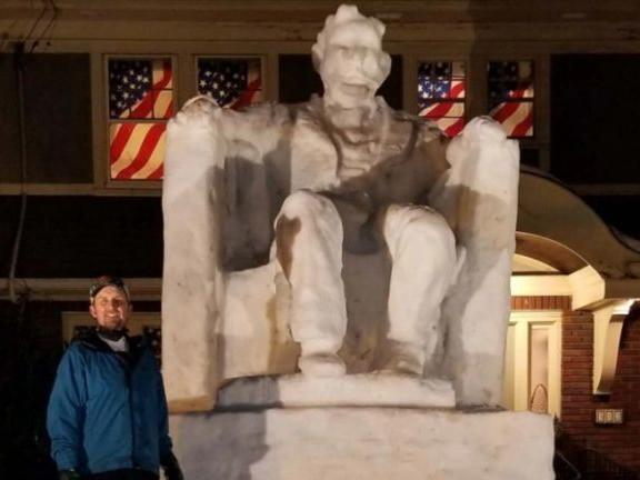 New Jersey man explains how he made 14-foot Lincoln snow ...