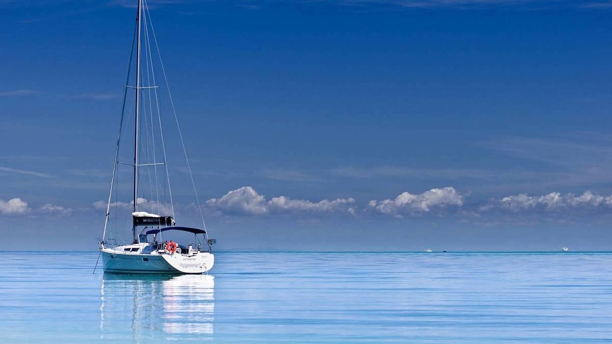 Alquilar un barco en Galicia es la opción más segura y divertida para el verano